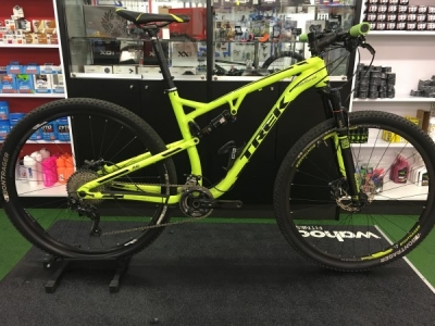 Pre-owned 2015 TREK Superfly 100 Dual Yellow & Black